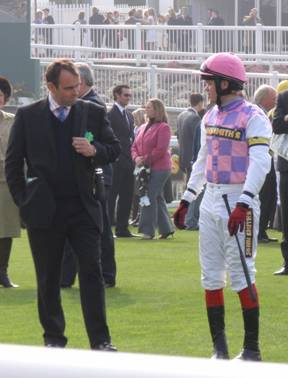 Aintree 03 Apr 09 red c.jpg