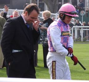 Aintree 03 Apr 09 red e.jpg