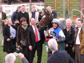 sky calling wins charity race r.jpg